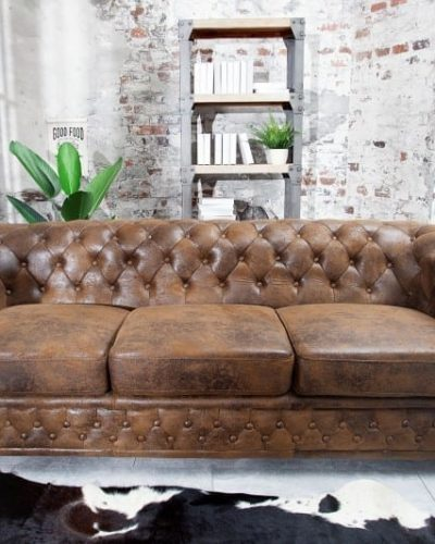 canape-chesterfield-3-places-en-look-antique.jpg