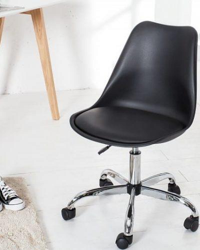 chaise-de-bureau-design-scandinave-retro-coloris-noir-avec-roulettes.jpg