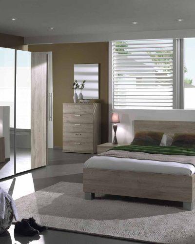 commode-haute-a-5-tiroirs-ideale-pour-chambre-dadulte-coloris-chene-cuneo-1.jpg