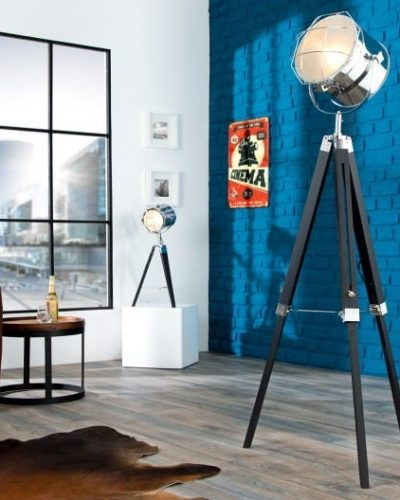 lampadaire-trepied-moderne-en-bois-et-metal-coloris-noir.jpg
