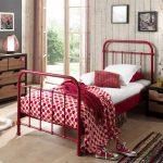 lit-90x200-cm-en-metal-pour-1-personne-coloris-rouge.jpg