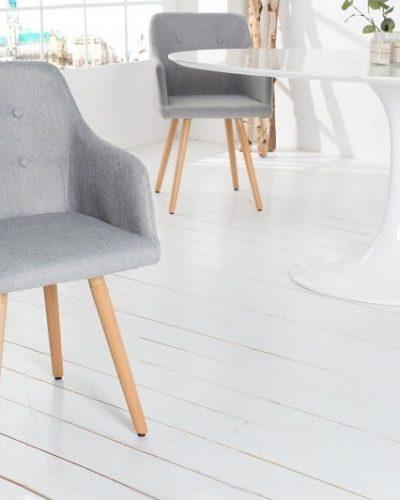 lot-de-2-fauteuils-de-style-scandinave-en-tissu-de-couleur-gris-claire.jpg