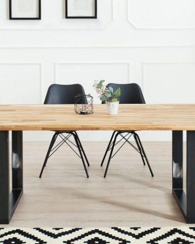 table-a-manger-de-200cm-en-bois-massif-coloris-naturel-.jpg