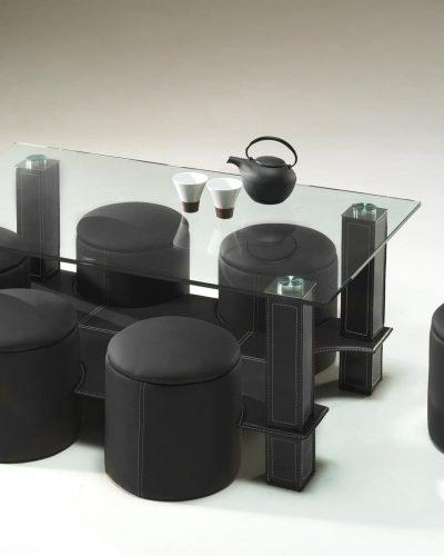 table-basse-avec-6-poufs-encastrable-verre-simili-cuir-noir.jpg