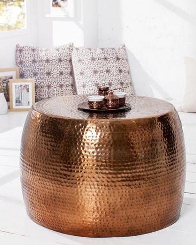 table-basse-design-en-aluminium-coloris-cuivre.jpg