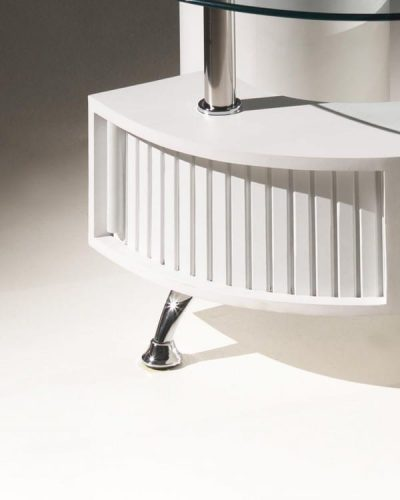 table-basse-en-forme-de-s-avec-plateau-en-verre-et-deux-poufs-coloris-blanc-1.jpg