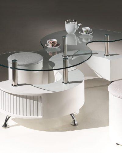 table-basse-en-forme-de-s-avec-plateau-en-verre-et-deux-poufs-coloris-blanc.jpg