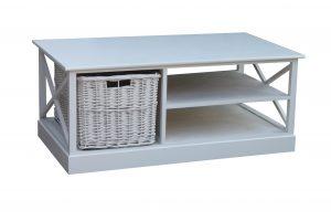 table-basse-inspiration-campagne-chic-avec-panier-coloris-blanc.jpg