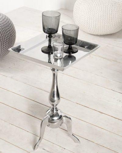 table-d-appoint-55-cm-en-aluminium-argente-1.jpg