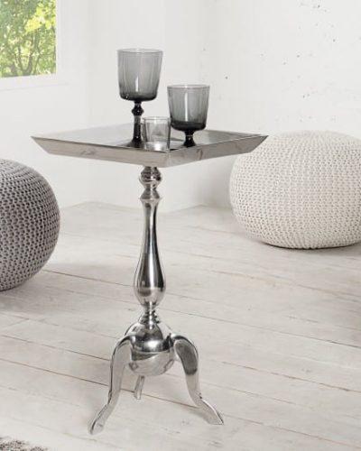 table-d-appoint-55-cm-en-aluminium-argente.jpg