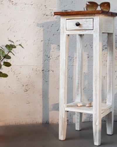 table-d-appoint-design-antique-coloris-blanc-et-brun-en-bois-massif-1.jpg