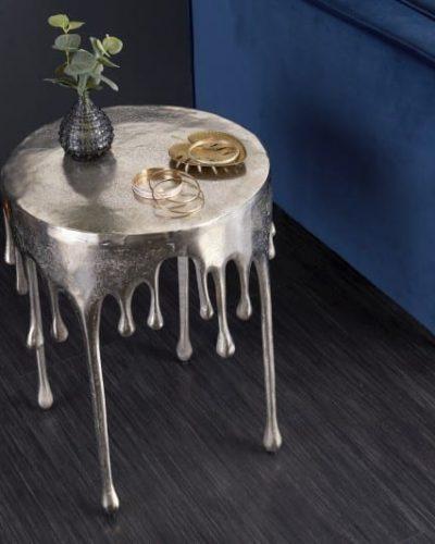 table-d-appoint-liquide-51cm-de-coloris-argent.jpg