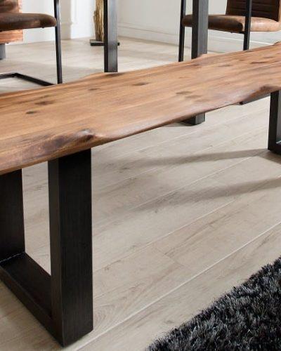 table-traditionnelle-en-acacia-et-metal-coloris-naturel.jpg
