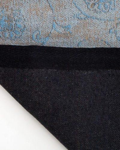 tapis-bleu-1.jpg