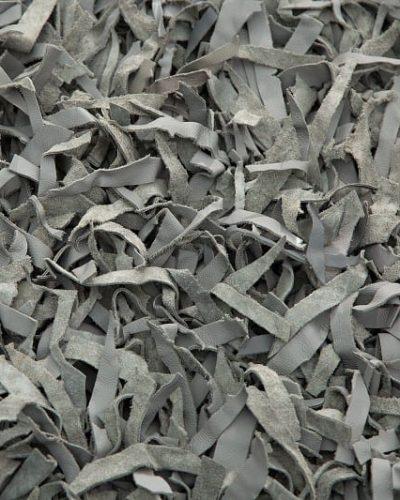 tapis-design-de-140x200cm-en-cuir-coloris-gris-1-1.jpg